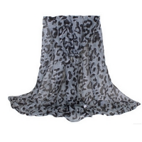 Shawl lady with a beautiful design, color Black