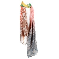Women's shawl inscribed with a beautiful, patterned grey
