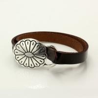 Leather bracelet - flower