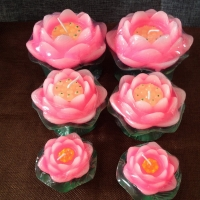 Rose candles with different sizes ( set 2 pcs )