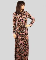 Long dress with a rose pattern