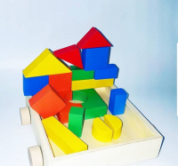 Children  s game wooden with geometric shapes measuring 16   18 cm