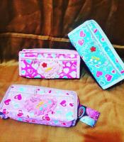 Girlie purse