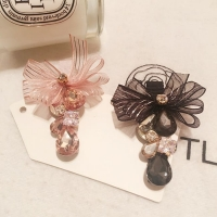 Crystal hair clip