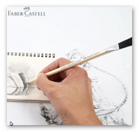 A space for the brushes of the Faber Castell