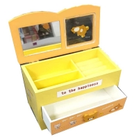 Box Wood Accessories