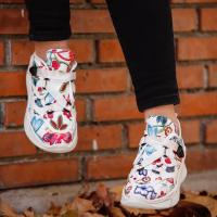 woman shoes sport
