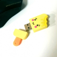 Flash drives Fun USB 8 GB
