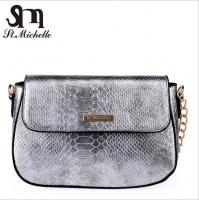 Women handbag shiny leather