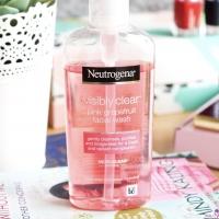 Neutrogena lotion with grapefruit
