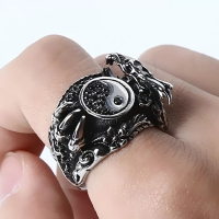 Men's Ring - Dragon's Claw