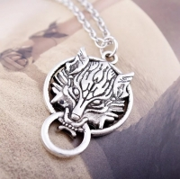 Mens necklace in the shape of a wolf head