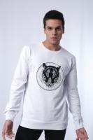 Men's white sweatshirt with long sleeves