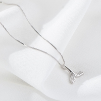 Fishtail shape 925 sterling silver necklace