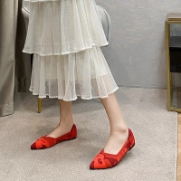Red flat shoes for women