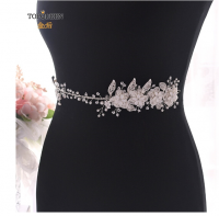 Wedding belt studded with rhinestone and rose crystals