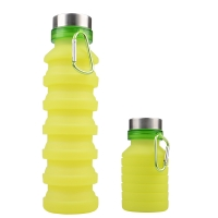 Collapsible water bottle green color