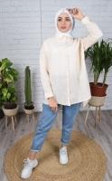 Cotton women's shirt with a distinctive design