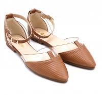 Women's shoes with a distinctive design