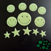 Smiles sticker light in the dark