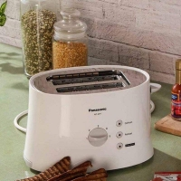 Panasonic NT-GP1 680-Watt 2-Slice Pop-up Toaster