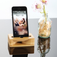 Wooden Sound Amplifier Stand Holder for iPhone