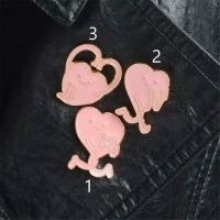 Pin of hearts