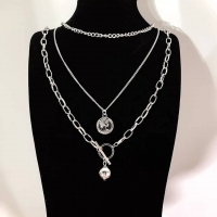 Three-piece necklace