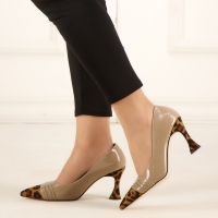 Women shoes in beige color