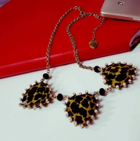 Elegant Resin Heart Short Necklace
