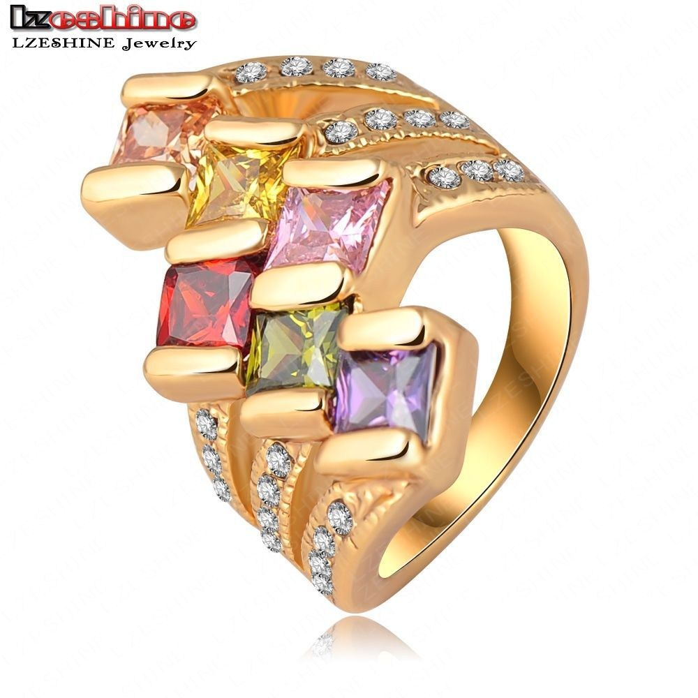 92299dece4875 خاتم فريد من نوعه مطلي بالذهب مرصع بالكريستال نمساوي ملون